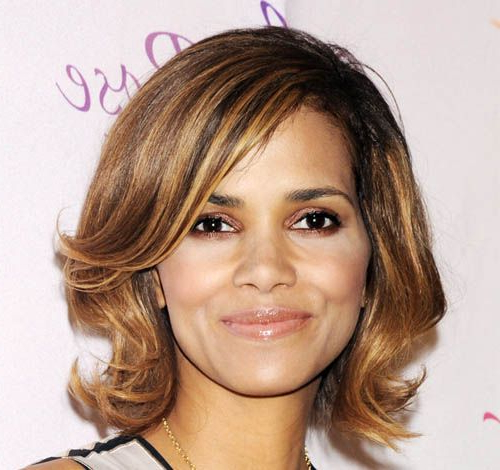 Halle Berry Medium Layered Hairstyle – Casual, Evening – Careforhair In Most Up To Date Layered And Flipped Hairstyles For Medium Length Hair (View 22 of 25)