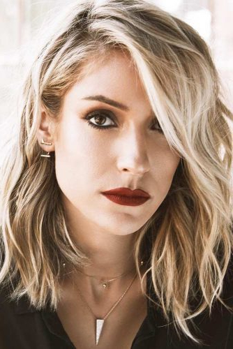 How To Choose The Right Layered Haircuts | Lovehairstyles Regarding Latest Elongated Layered Haircuts For Straight Hair (View 20 of 25)