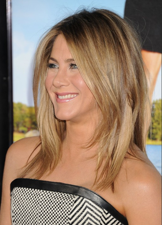 Jennifer Aniston Medium Jagged Hairstyle For Straight Hair - Popular for Latest Straight, Sleek, And Layered Hairstyles For Medium Hair
