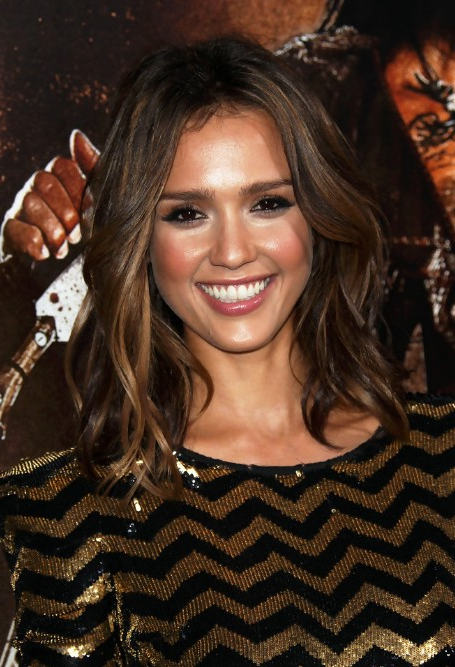 Jessica Alba Medium Layered Wavy Hairstyle - Hairstyles Weekly intended for Most Recent Medium Layered Wavy Haircuts