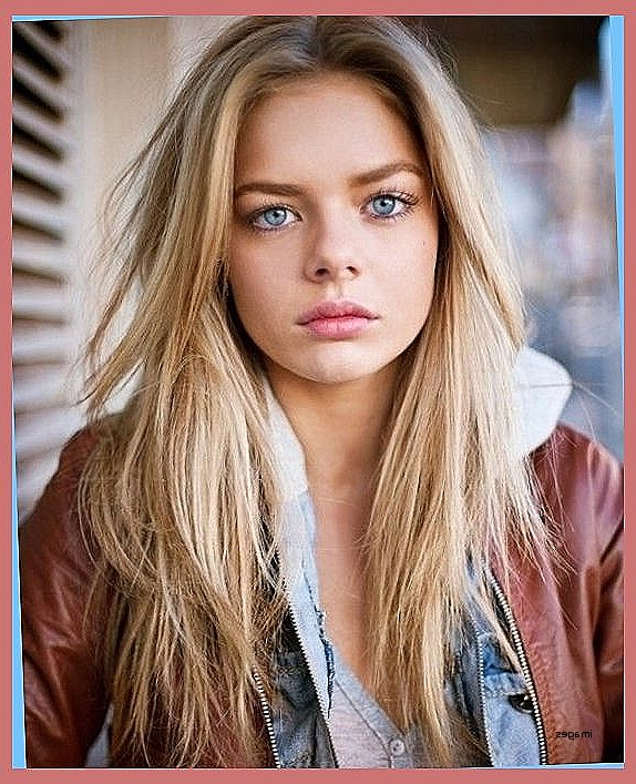 Medium Length Hair : Middle Part Medium Length Hairstyles Fresh In Latest Middle Part And Medium Length Hairstyles (View 9 of 25)