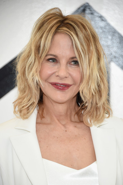Meg Ryan's Messy Layers – Medium Length Haircuts For Women Over 50 Regarding Best And Newest Medium Messy Feathered Haircuts (View 23 of 25)