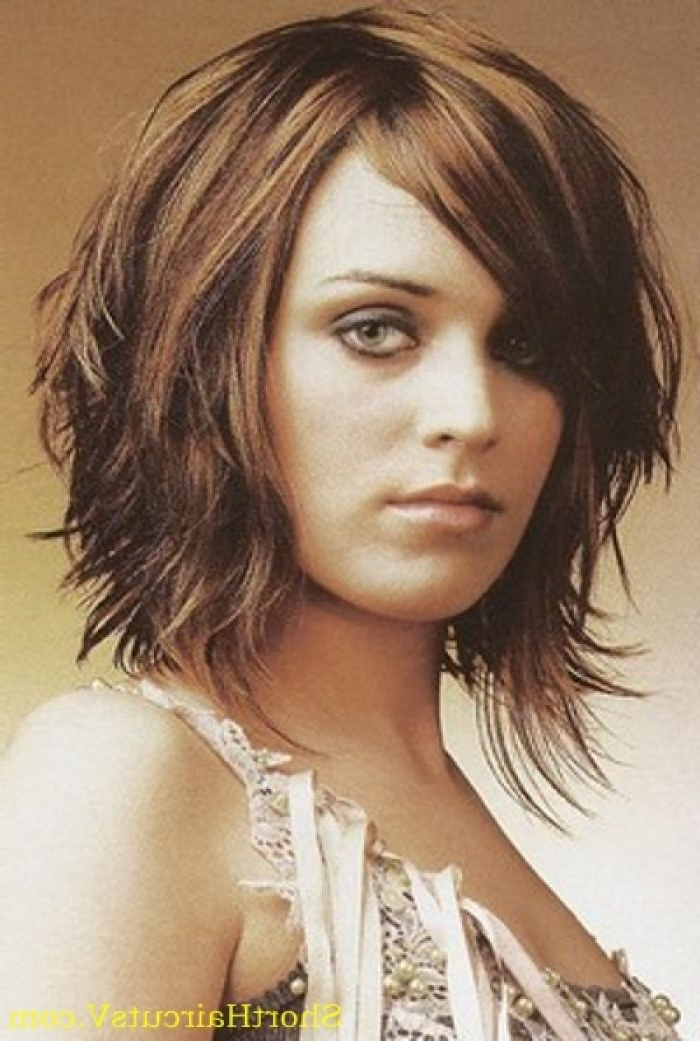 Mid Length Hairstyles Ideas For Women's   The Crown   Pinterest Throughout Recent Layered Haircuts With Cropped Locks On The Crown (View 18 of 25)