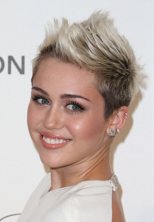 Miley Cyrus Cool Short Spiked Fauxhawk Haircut For Women | Styles Weekly With Regard To Platinum Fauxhawk Haircuts (View 16 of 25)