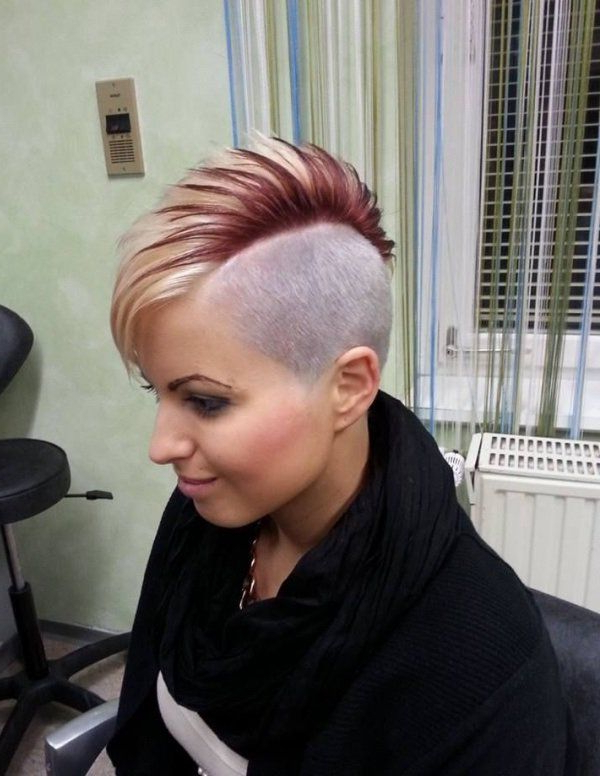 Short, Mohawk Hairstyle With Red Highlights | Hairstyles | Hair Throughout Mohawk Haircuts With Blonde Highlights (View 14 of 25)