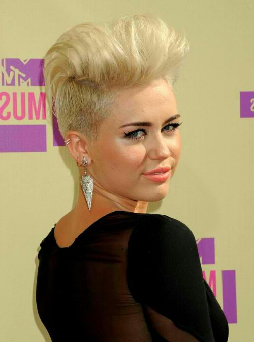 Sleek Mohawk Hairstyle Miley Cyrus | Modhair,cute Hairstyle,wedding Throughout Bleached Mohawk Hairstyles (View 22 of 25)