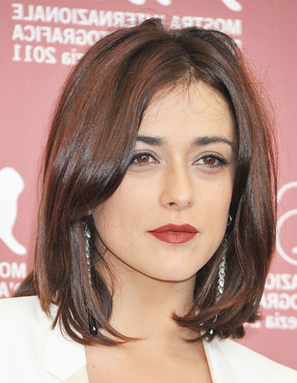 Valentina Lodovini's Middle Part Shoulder Length Hairstyle – Casual In Recent Middle Part And Medium Length Hairstyles (View 11 of 25)