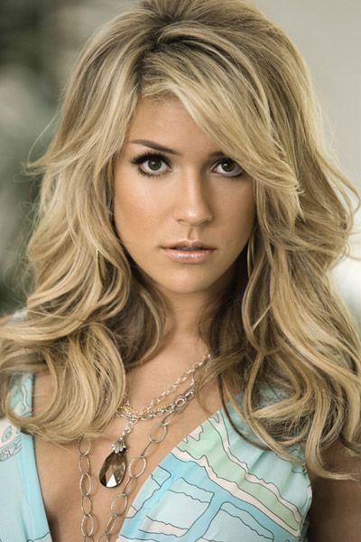 Voluminous Hairdo   Hair   Pinterest   Hair, Hair Styles And Long Throughout Current Voluminous Wavy Layered Hairstyles With Bangs (View 4 of 25)