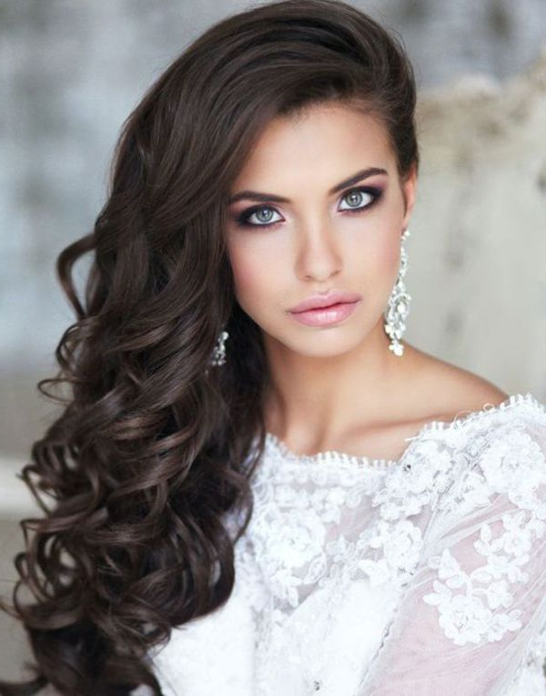 10 Irresistible Bridal Hairstyles For Long Locks – The Pink Bride Intended For Loose Curls Hairstyles For Wedding (View 18 of 25)