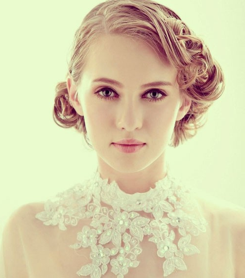 10 Pretty Wedding Updos For Short Hair – Popular Haircuts Inside Short Wedding Hairstyles With A Swanky Headband (View 15 of 25)