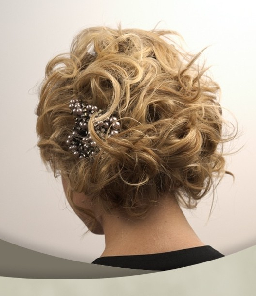10 Pretty Wedding Updos For Short Hair – Popular Haircuts Intended For Short Wedding Hairstyles With A Swanky Headband (View 19 of 25)