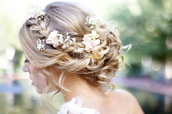 12 Wedding Hairstyles For Curly Hair | Mywedding For Curled Bridal Hairstyles With Tendrils (View 16 of 25)