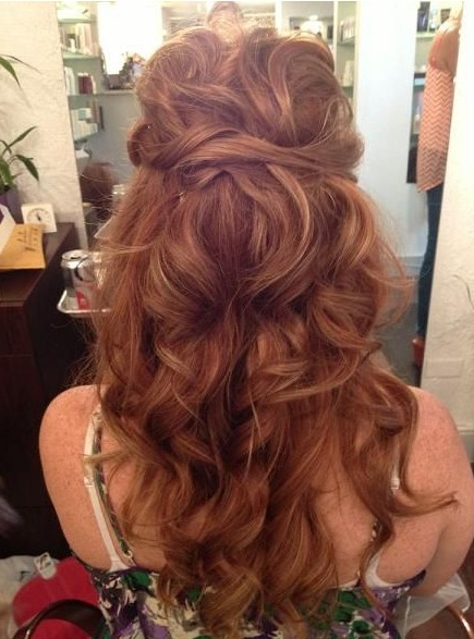15 Best Long Wavy Hairstyles – Popular Haircuts Intended For Tied Back Ombre Curls Bridal Hairstyles (View 8 of 25)
