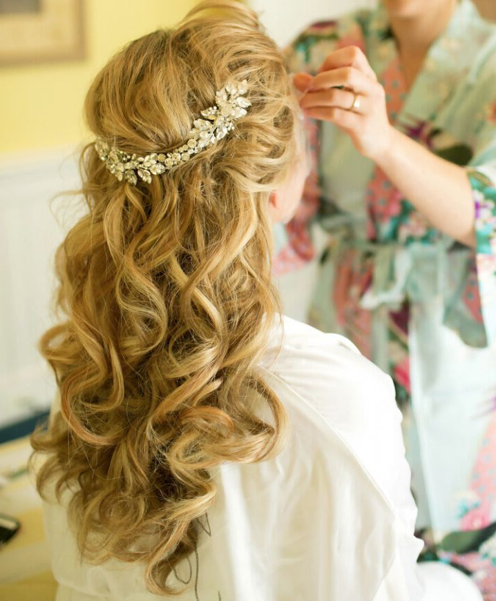 15 Latest Half Up Half Down Wedding Hairstyles For Trendy Brides For Floral Crown Half Up Half Down Bridal Hairstyles (View 22 of 25)