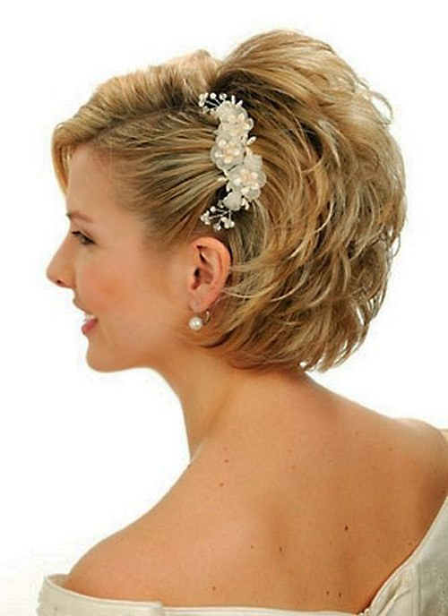 18 Wedding Hairstyles For Short Hair | Hairstyles Ideas With Regard To Short Wedding Hairstyles With A Swanky Headband (View 5 of 25)