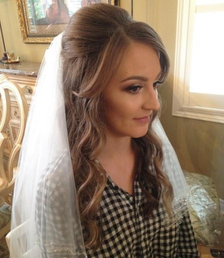 20 Best Half Up And Half Down Wedding Hairstyles For Dimensional Waves In Half Up Wedding Hairstyles (View 24 of 25)