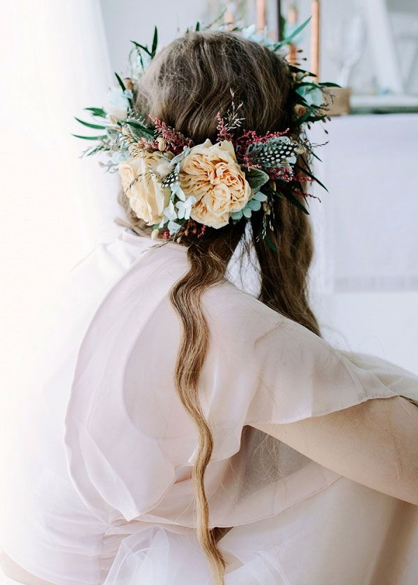 20 Drop Dead Bridal Hair Styles & Wedding Accessories Trends For 2018 Intended For Wild Waves Bridal Hairstyles (View 10 of 25)