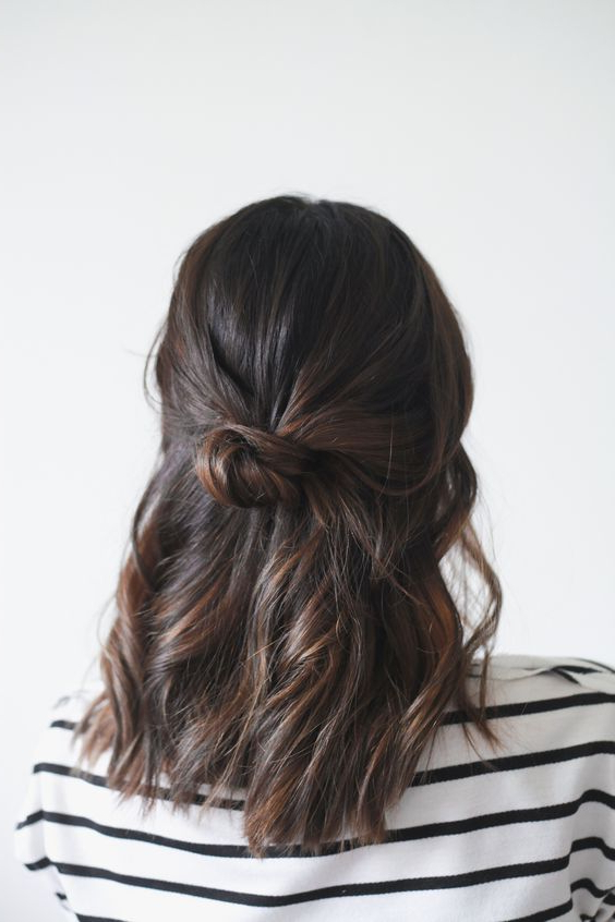 20+ Easy Half Up Hairstyles That'll Only Take Minutes To Achieve For Half Up Curly Hairstyles With Highlights (View 21 of 25)