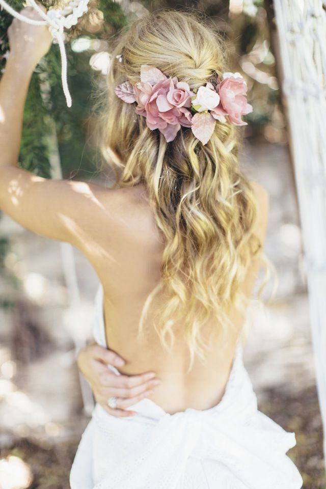 20 Fabulous Wedding Hairstyles For Every Bride | Wedding | Pinterest Intended For Bohemian And Free Spirited Bridal Hairstyles (View 18 of 25)