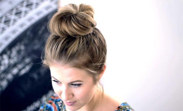 20 Stunning Messy Buns For Short Hair Within Messy Bun Wedding Hairstyles For Shorter Hair (View 24 of 25)