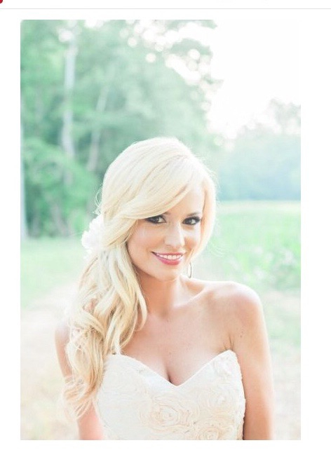 2015 Seattle Wedding Hair And Makeup Trends – Seattle Blossom & Beauty Pertaining To Curls Clipped To The Side Bridal Hairstyles (View 5 of 25)