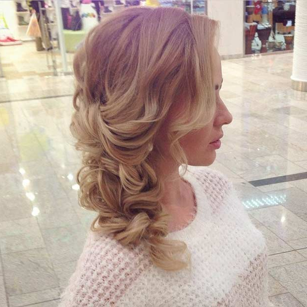 21 Pretty Side Swept Hairstyles For Prom | Stayglam Intended For Loose Updo Wedding Hairstyles With Whipped Curls (View 20 of 25)