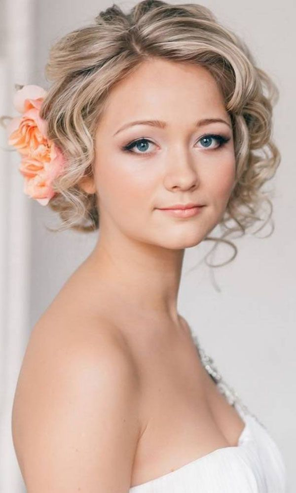 23 Most Glamorous Wedding Hairstyle For Short Hair – Haircuts In Formal Curly Updos With Bangs For Wedding (View 12 of 25)