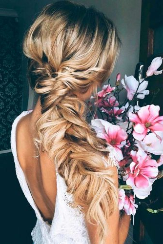 24 Stunning Wedding Hairstyles For Long Hair – My Stylish Zoo Pertaining To French Braided Halfdo Bridal Hairstyles (View 24 of 25)
