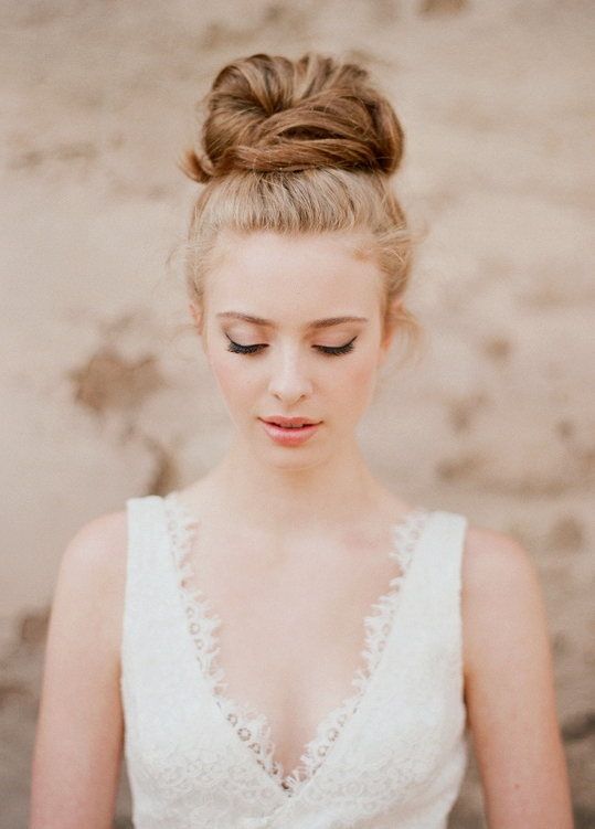 25 Best Wedding Hairstyles For A Fine Art Bride Throughout Simple Laid Back Wedding Hairstyles (View 16 of 25)