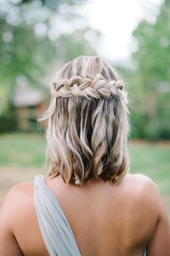 25 Bridesmaids' Half Up Hairstyles That Inspire – Weddingomania Inside Wedding Semi Updo Bridal Hairstyles With Braid (View 10 of 25)