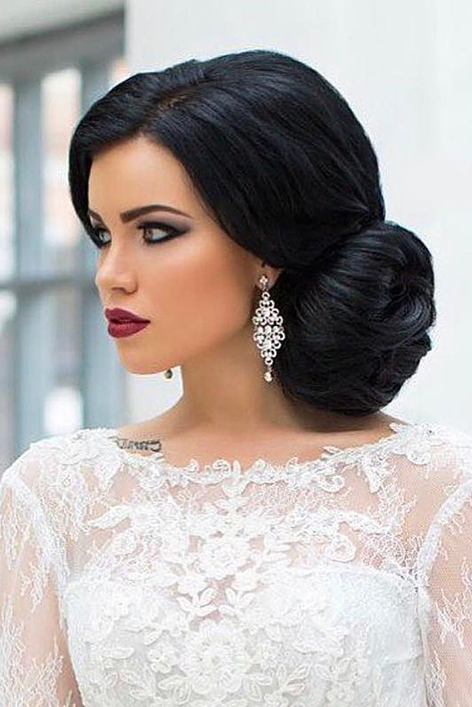 25 Classic And Beautiful Vintage Wedding Hairstyles – Haircuts Inside Sides Parted Wedding Hairstyles (View 20 of 25)