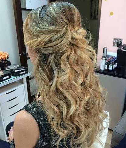 25 Easy Half Up Half Down Hairstyles Collection Inside Loose Curly Half Updo Wedding Hairstyles With Bouffant (View 15 of 25)