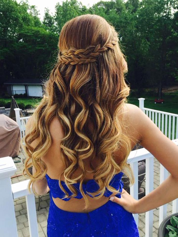 25 Most Attractive And Beautiful Half Up Half Down Hairstyles With Regard To Half Up Curly Hairstyles With Highlights (View 11 of 25)