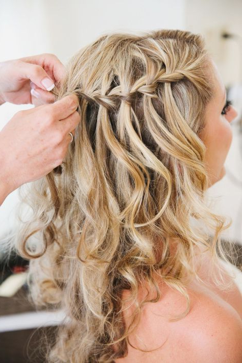 25 Trendy And Beautiful Beach Wedding Hairstyles – Haircuts In Braided Wedding Hairstyles With Subtle Waves (View 16 of 25)