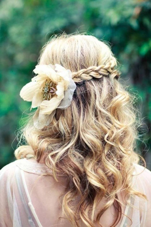 30 Beautiful Wedding Hairstyles – Romantic Bridal Hairstyle Ideas Throughout Half Up Blonde Ombre Curls Bridal Hairstyles (View 9 of 25)