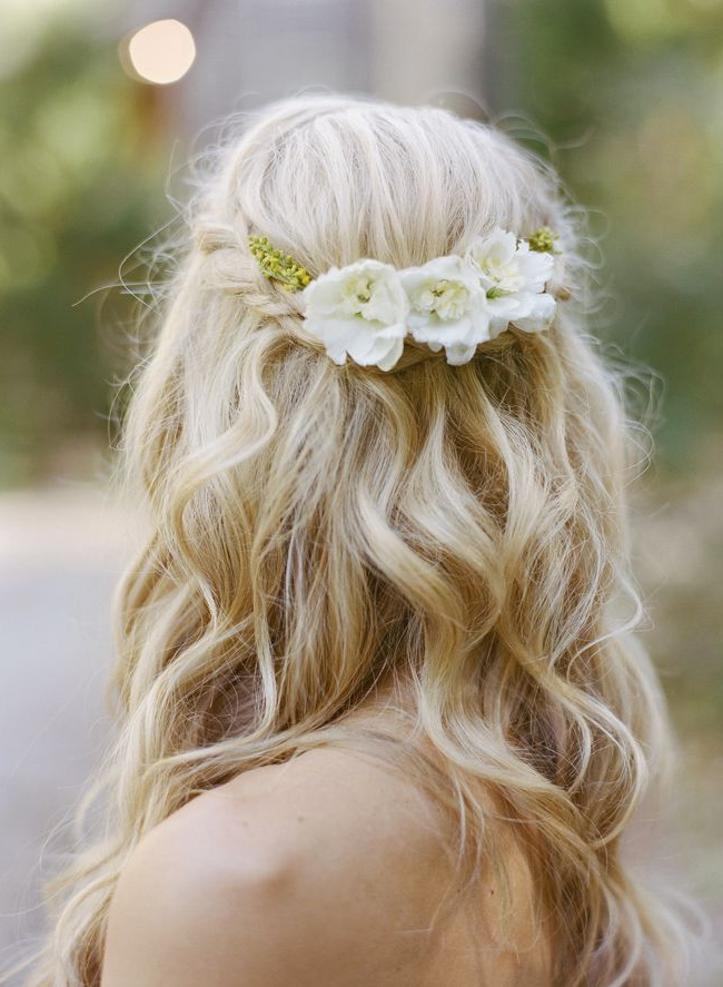 30 Beautiful Wedding Hairstyles – Romantic Bridal Hairstyle Ideas Within Half Up Blonde Ombre Curls Bridal Hairstyles (View 24 of 25)