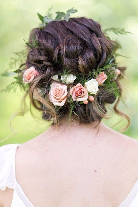 30 Elegant Outdoor Wedding Hairstyles – Hairstyles & Haircuts For For Floral Crown Half Up Half Down Bridal Hairstyles (View 20 of 25)