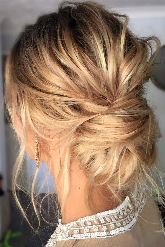 Featured Photo of Low Messy Bun Wedding Hairstyles For Fine Hair