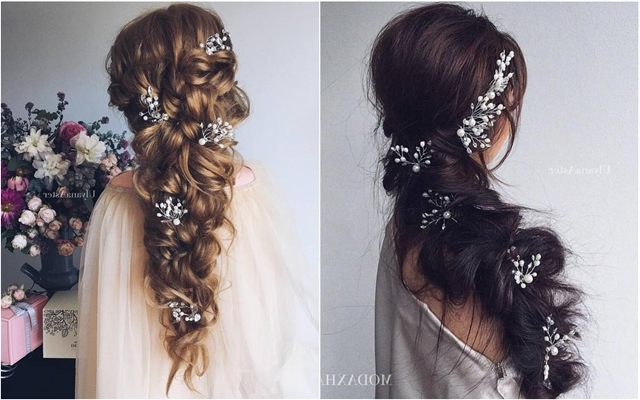 30 Long Wedding Hairstyles We Absolutely Adore | Deer Pearl Flowers Intended For Pearls Bridal Hairstyles (View 13 of 25)