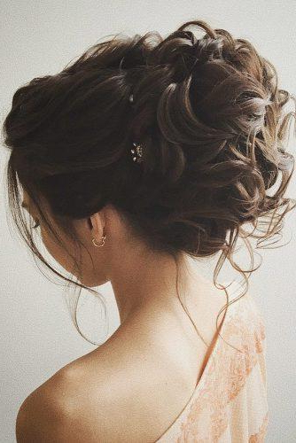 30 Timeless Classical Wedding Hairstyles – Paperblog Inside Airy Curly Updos For Wedding (View 19 of 25)