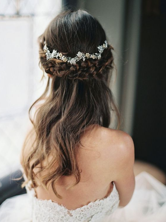 36 Romantic Spring Wedding Hairstyles That Inspire – Weddingomania Throughout Floral Crown Half Up Half Down Bridal Hairstyles (View 15 of 25)