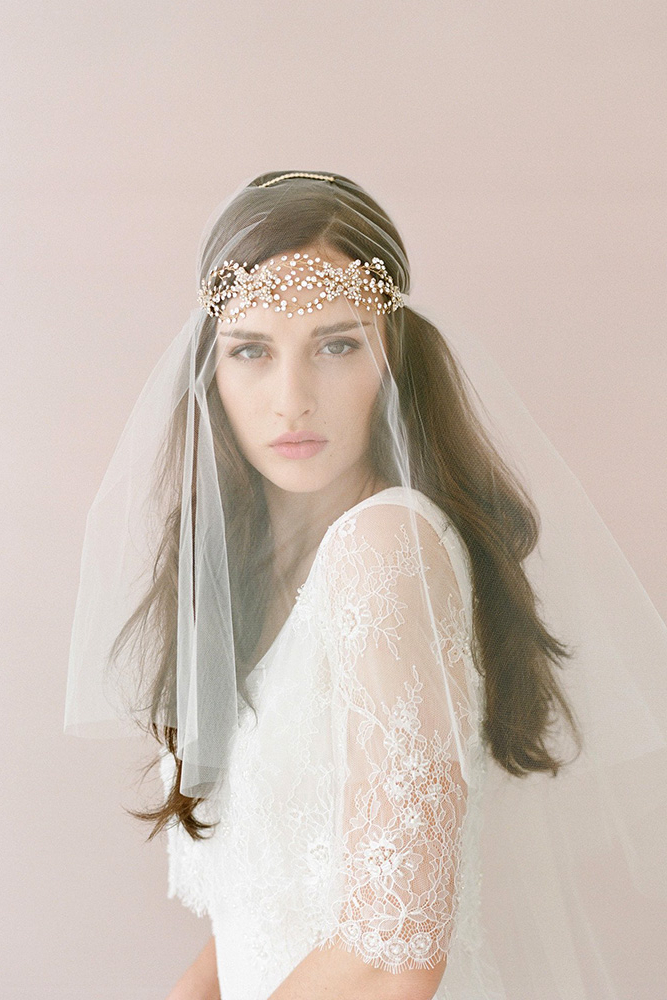 36 Wedding Hairstyles With Veil – My Stylish Zoo Pertaining To Tender Bridal Hairstyles With A Veil (View 6 of 25)