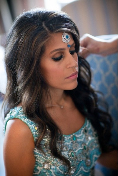 4 Amazing And Fantastic Indian Wedding Hairstyles – Pretty Designs With Regard To Sides Parted Wedding Hairstyles (View 3 of 25)