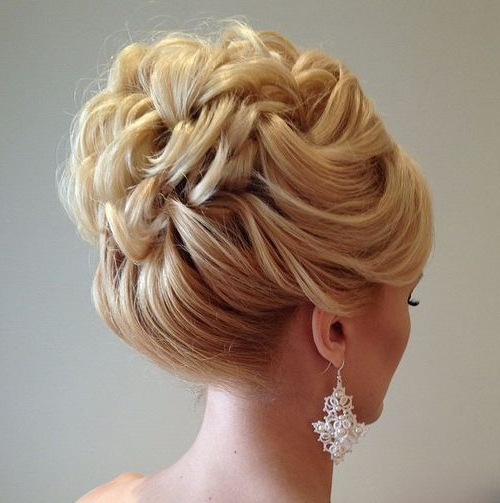 40 Chic Wedding Hair Updos For Elegant Brides Within Large Curly Bun Bridal Hairstyles With Beaded Clip (View 16 of 25)