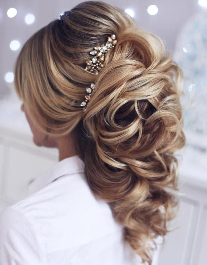 40 Gorgeous Wedding Hairstyles For Long Hair In 2018 | Hair Regarding Curly Wedding Updos With A Bouffant (View 4 of 25)