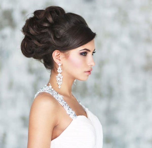 40 Of The Most Amazing Wedding Hairstyles For Your Big Day Inside Veiled Bump Bridal Hairstyles With Waves (View 23 of 25)