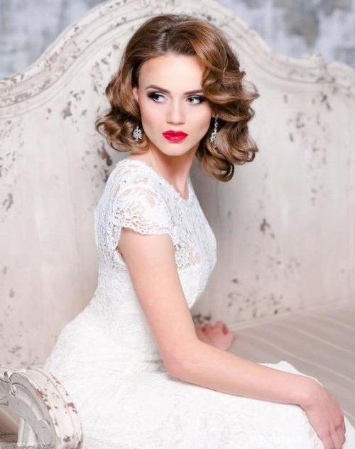 40 Wedding Hairstyles For Short To Mid Length Hair | Herinterest/ Regarding Voluminous Bridal Hairstyles (View 19 of 25)
