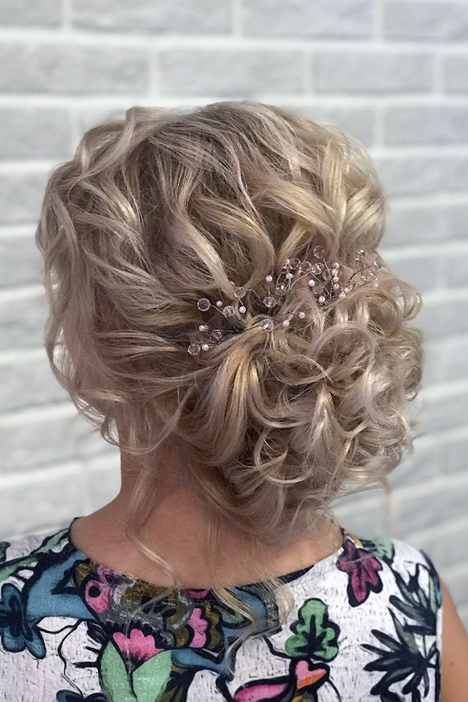 42 Mother Of The Bride Hairstyle, Latest Bride Hairstyle 2019 – My Inside Creative And Curly Updos For Mother Of The Bride (View 17 of 25)