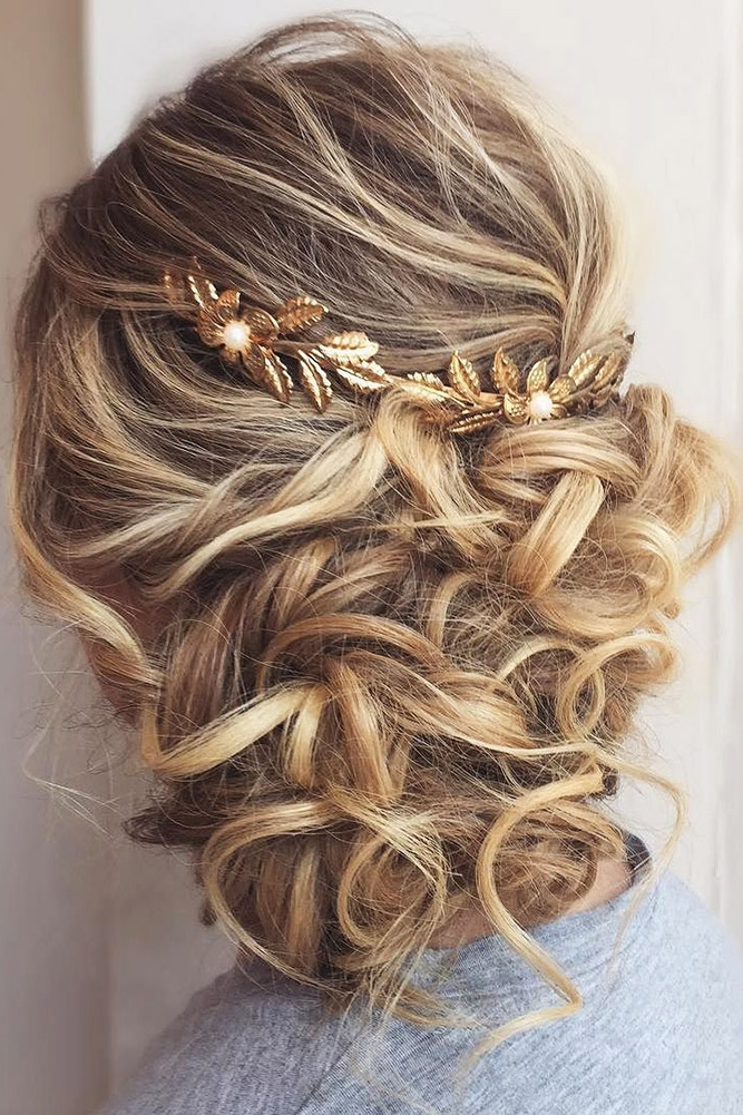 42 Mother Of The Bride Hairstyle, Latest Bride Hairstyle 2019 – My Intended For Creative And Curly Updos For Mother Of The Bride (View 19 of 25)