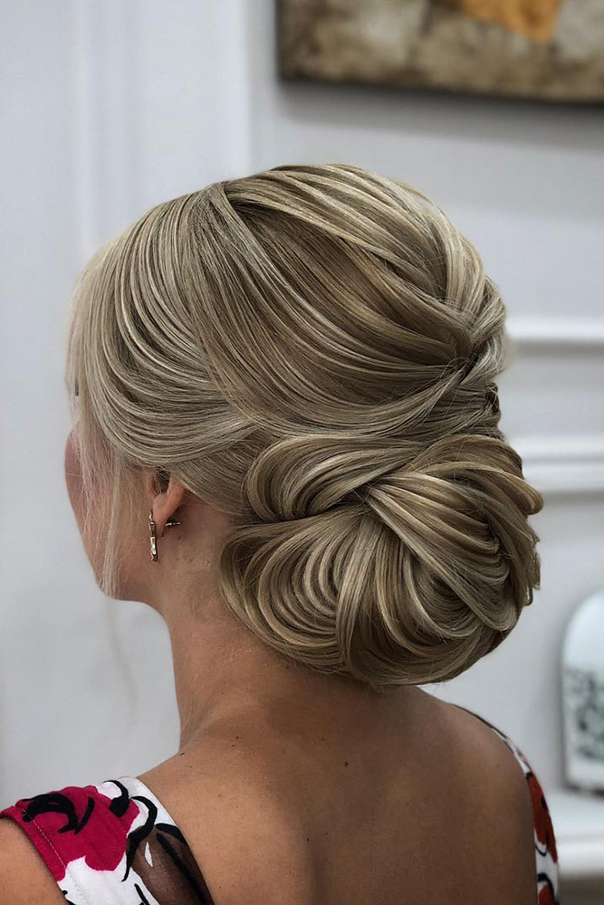 42 Mother Of The Bride Hairstyle, Latest Bride Hairstyle 2019 – My Regarding Creative And Curly Updos For Mother Of The Bride (View 18 of 25)